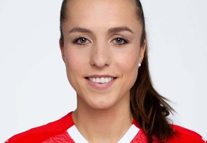 Lia Wälti 13 Swiss Football Team 2018 New