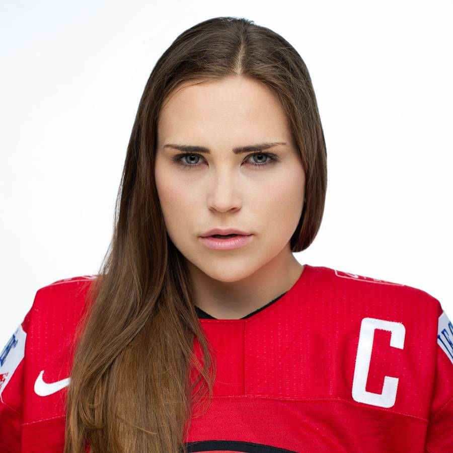 Livia Altmann 3 Swiss Ice Hockey Team 2018