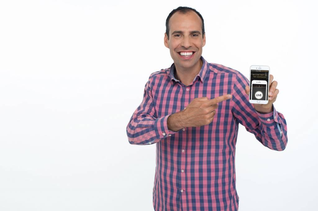 Portrait Stephan Schürer CEO Fanpictor